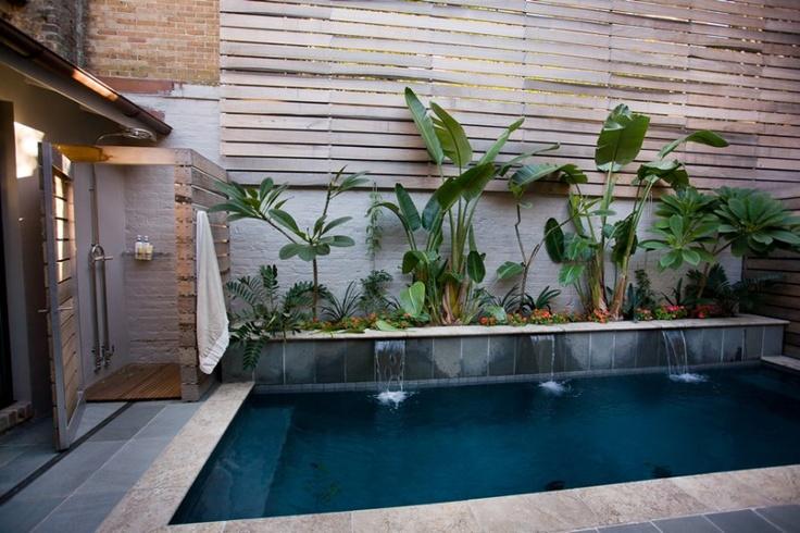 Outdoor shower & pool