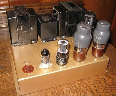 Leak-Mono-Point-One-TL-10-and-Preamp-valve-amplifier-combo-circa-1956