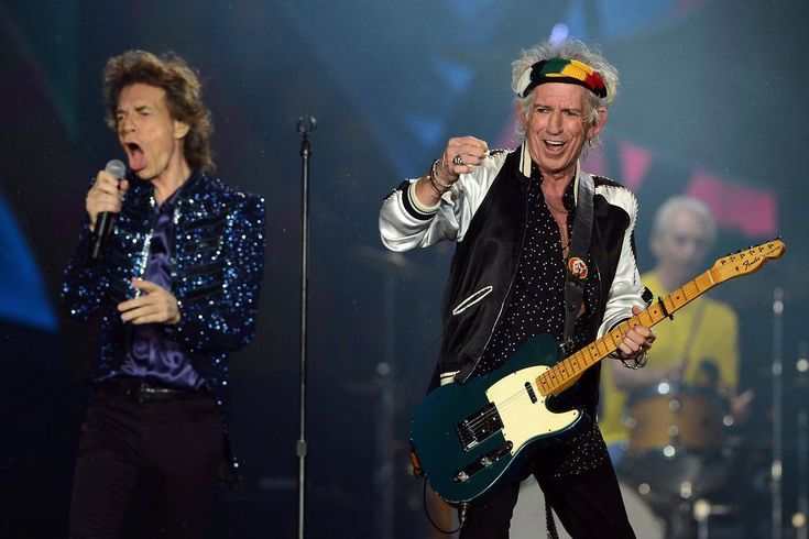 Happy birthday to one of the best to wield a Telecaster! The one and only, Keith Richards! : Getty Images    #KeithRichards #TheRollingStones #Birthday #FenderTelecaster #Telecaster #Music #The60s #RocknRoll #Rock #Rocker