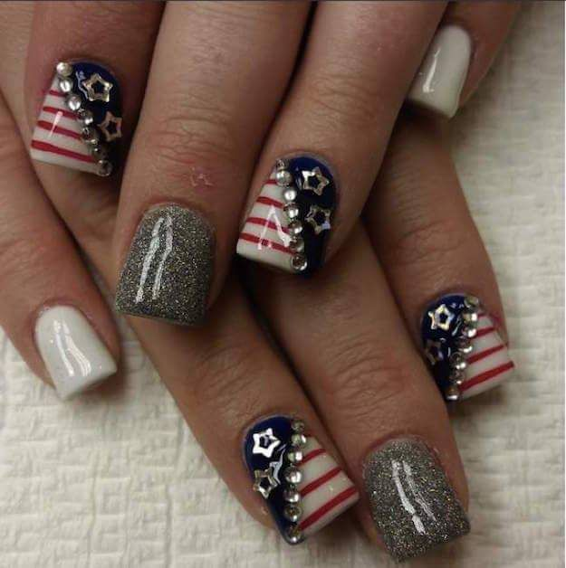 Easy DIY Summer Art With Stars, Studs, Glitters And Stripes For Wide Nails