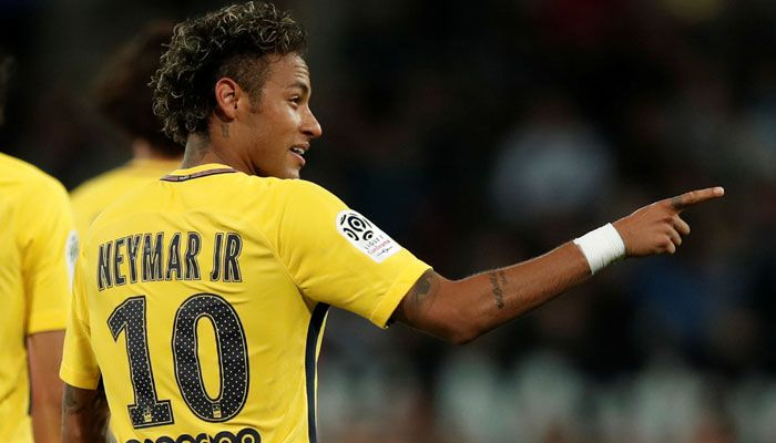 Champions League: Neymar's PSG look to measure progress in heavyweight Bayern Munich clash #FCBayern  Champions League: Neymar's PSG look to measure progress in heavyweight Bayern Munich clash  Paris: Neymar is set to return after a minor injury as Paris Saint-Germain aim to lay down a marker in Europe by getting the better of Bayern Munich in their heavyweight Champions League encounter on Wednesday.  The worlds most expensive player trained on Tuesday after missing the French giants…