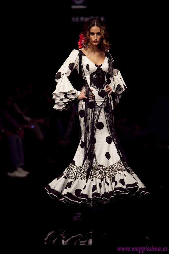 Flamenco Fashion by Ángeles Verano. 2011