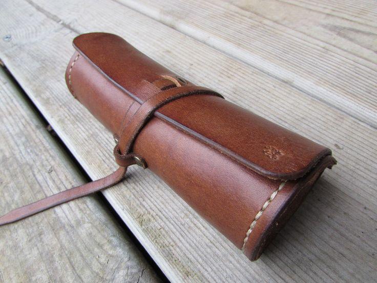estuche de cuero para gafas de Monguy leather por DaWanda.com