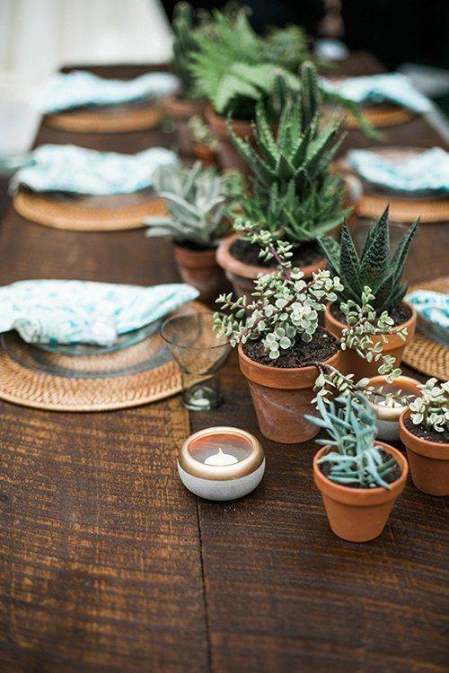 Hochzeits-Herzstück-Idee, die wir lieben: Topfpflanzen   – The Reception