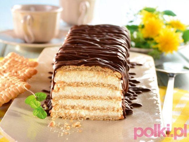 Przepis na serową stefankę bez pieczenia to hit! Znane ciasto w nowej, odmienionej wersji - jest pyszne i łatwe w przygotowaniu! Zobacz sama!