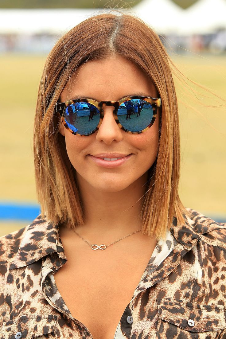 Model Lauren Phillips beat the sun with some seriously cool shades.