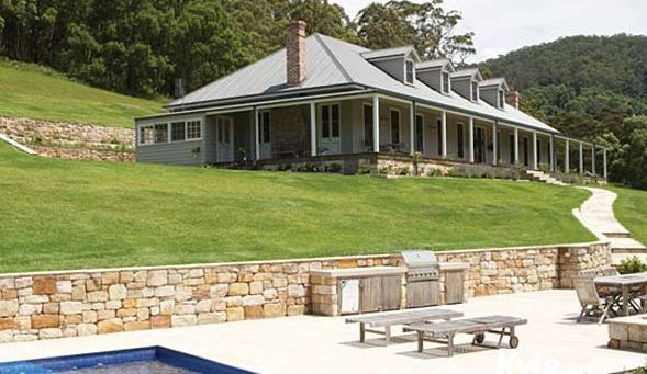 93 best i love weatherboards images on pinterest for Country homestead designs