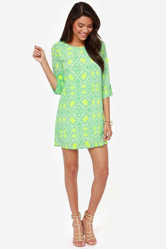 Cute shift dress, and I like that it has print.