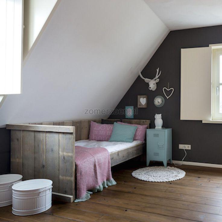 17 beste idee n over jonge tiener slaapkamer op pinterest jonge tienermeisjes kamers roze - Decoratie zolder ...