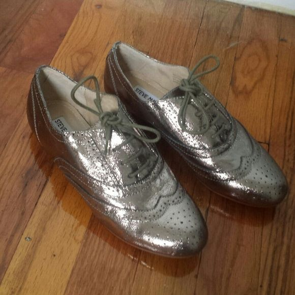 Steve Madden pewter shoes Only worn once. In very good condition. Only one scratch as shown in the last picture. Steve Madden Shoes