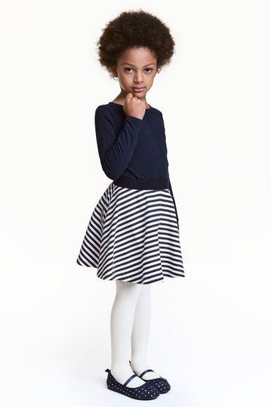 £5 Circular skirt | H&M  http://www2.hm.com/en_gb/productpage.0431311007.html