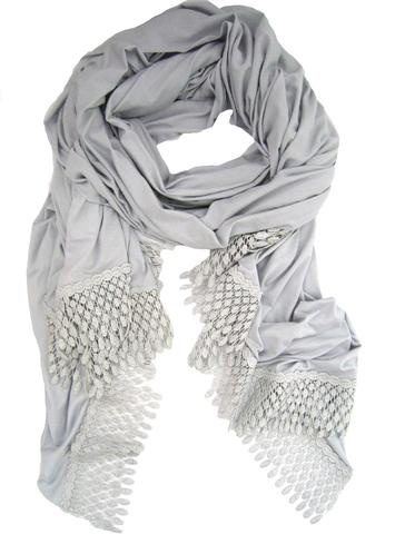 gorgeous scarf/wrap... really want one  could make one using old lace