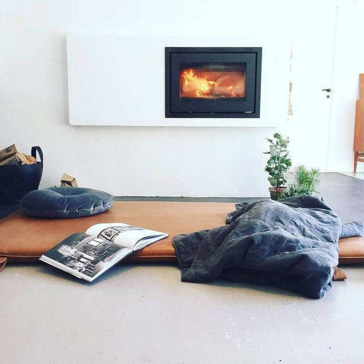 Good times #them #bythornam #cozy #leather #daybed #lounge. #danishdesign #handmade #gym #mat