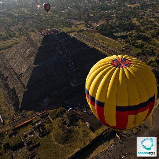 Globos aerostáticos en Teotihuacan.