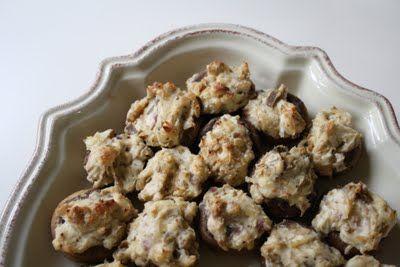 Cheesy stuffed mushrooms!!