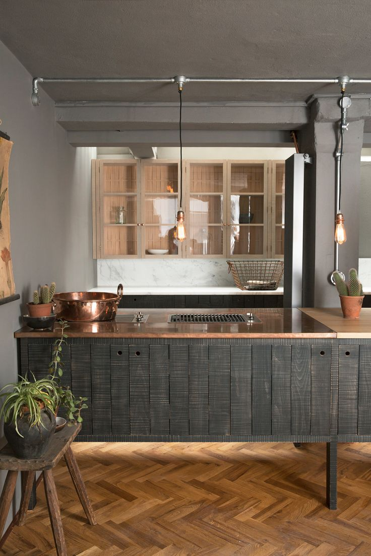 The copper worktop in our Tysoe Street Sebastian Cox Kitchen is too perfect