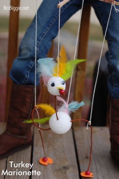 turkey marionette - a fun kid craft for Thanksgiving - NoBiggie.net