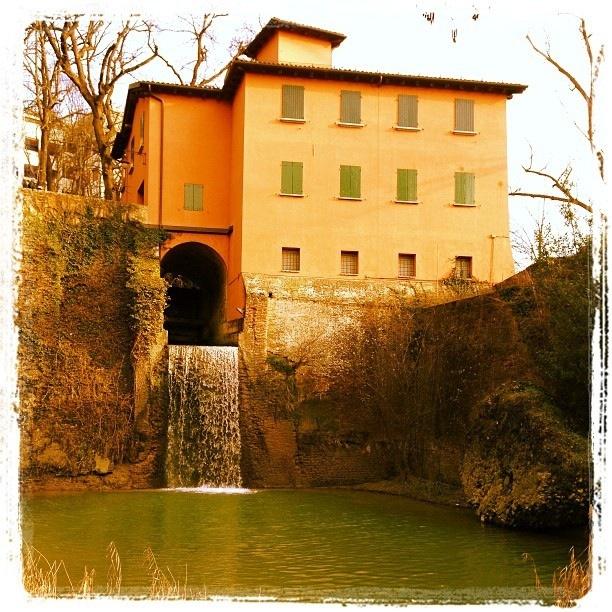 Chiusa di Casalecchio (Bologna) @la_crest by Turismo Emilia Romagna, via Flickr