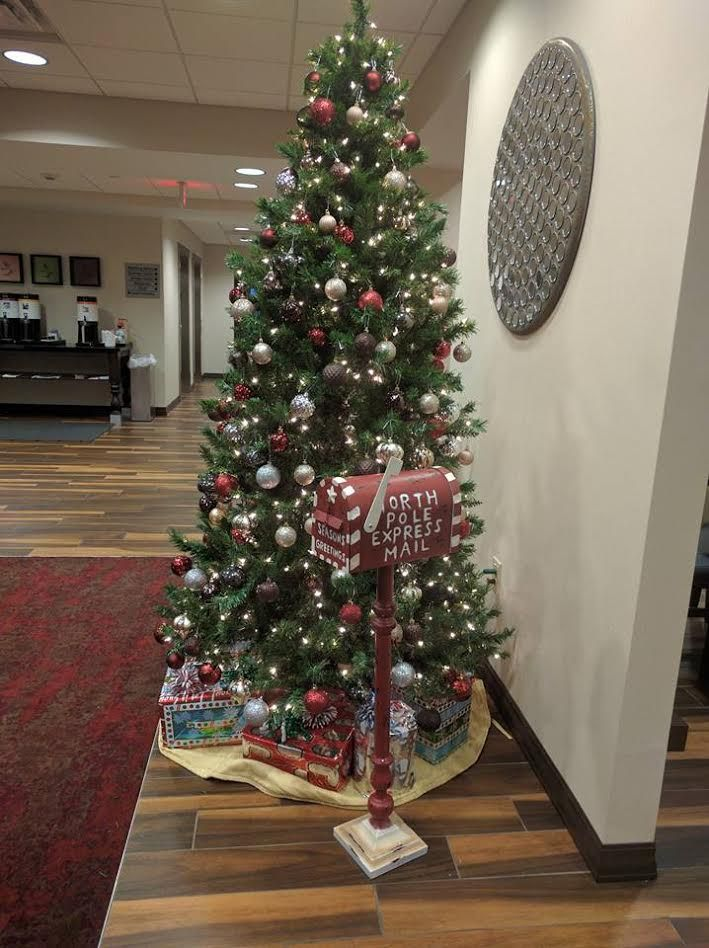 The Hampton Inn Butler is doing a Santa mailbox at the hotel. Children can bring in their letters to Santa and drop them in the North Pole mailbox located in the lobby near the Christmas Tree. If they include a self-addressed stamped envelope, they will receive a letter back! Accepting letters now through December 20th.