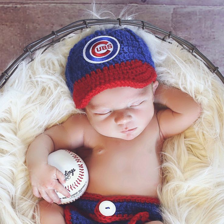 Baby Boy Baseball cap - Baseball Cap - Crochet Chicago Cubs Hat - Newborn outfit - Coming Home Outfit , Team hat, Sport hat, hats for babies by TwoLittleAngels1 on Etsy https://www.etsy.com/listing/259096637/baby-boy-baseball-cap-baseball-cap