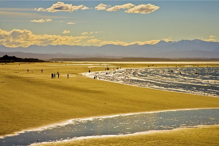 Nelson, Tahunanui Beach, see more, learn more, at New Zealand Journeys app for iPad www.gopix.co.nz