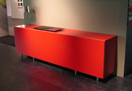 Mueble auxiliar en rojo para el salón o la entrada ¡Pon color en la decoración de tu hogar!