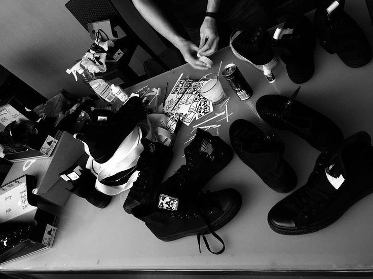  WARSAW  mental destruction #custom #honor #to #be #here #oesucrew #blackandwhite #work #sneakers #vscocam #vsco #men