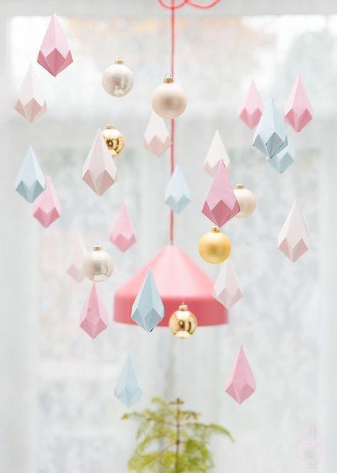 お部屋の飾り付けに❤︎ひな祭りの飾り付けに❤︎折り紙で作るペーパーダイヤモンド❤︎
