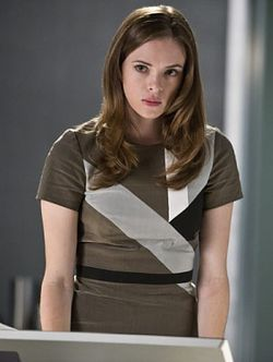 Caitlin Snow - The Flash Wiki Guide - IGN
