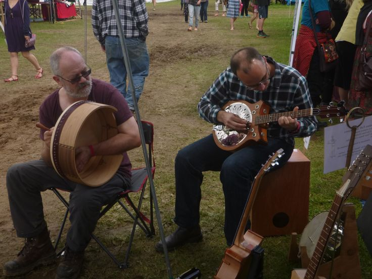 Ian Bartlett of Find the Ferret Bodhran's and Nat Torkington from bluegrass band The Pipipickers. Wellyfest 2015