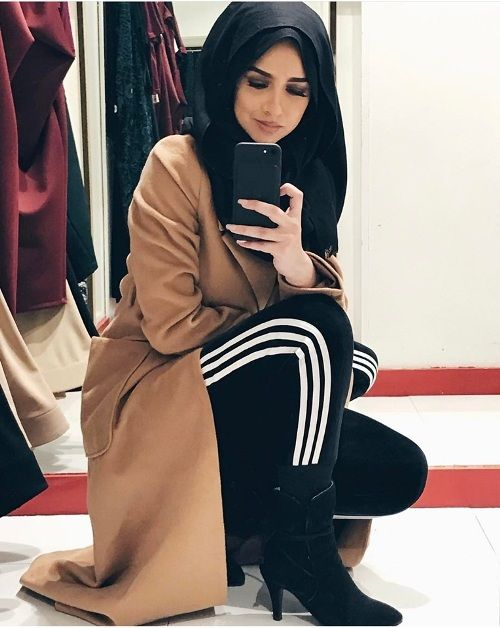 camel coat with sweatpants and boots-Hijabi street style bloggers – Just Trendy Girls