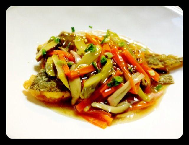昨日の餡を有効活用♪ - 66件のもぐもぐ - カレイの唐揚げ野菜あんかけ by akarincoyui