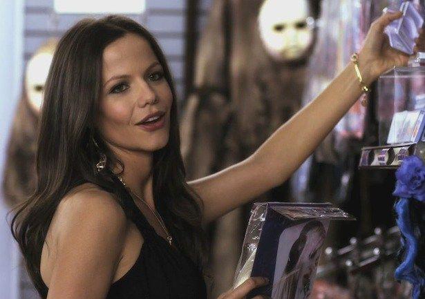 PLL: Jenna retorna à Rosewood - http://popseries.com.br/2016/07/19/pretty-little-liars-7-temporada-along-comes-mary/