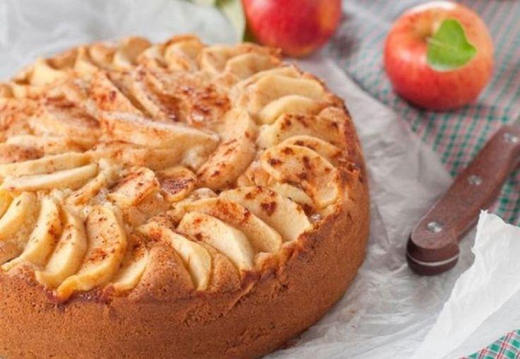 A világ legfinomabb almatortája nagymama módra! Szavamra mondom, ezt ki kell próbálni!