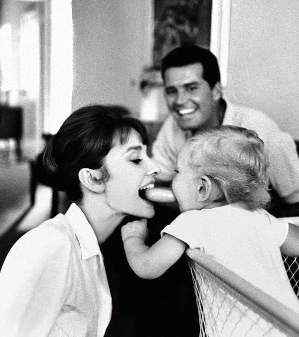Audrey Hepburn and her son Sean with James Garner, 1961.  Photo: Bob Willoughby.  Audrey and James became friends on the set of The Children's Hour.