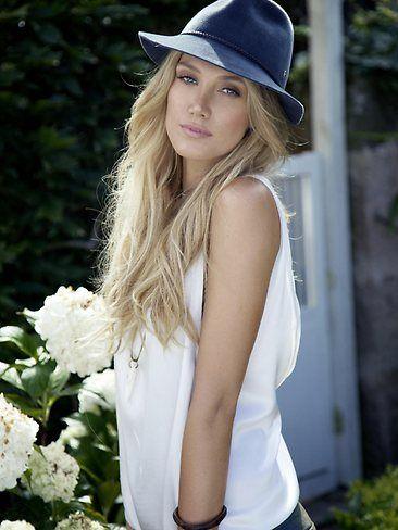 Aussie beauty x