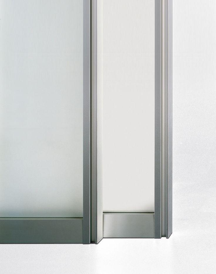 porte coulissante en verre pour dressing pour placard close by carlo colombo poliform. Black Bedroom Furniture Sets. Home Design Ideas