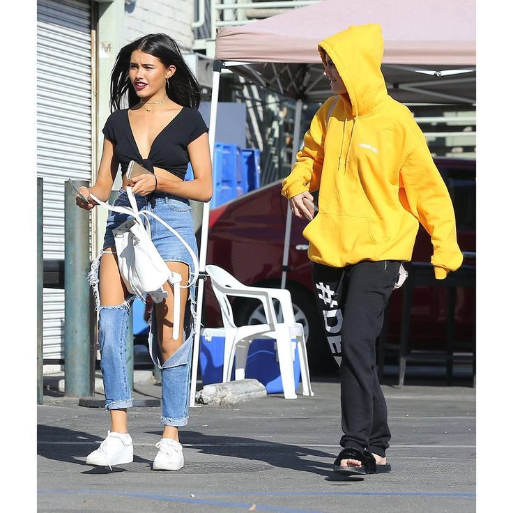 Madison Beer at the Halloween Spirit Store in Hollywood yesterday! (September 29th, 2016)