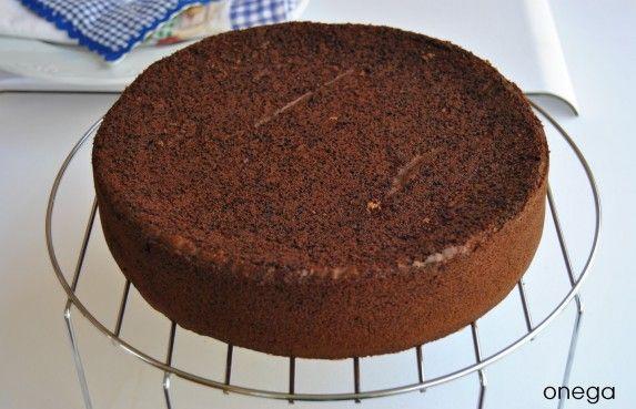 """Bizcocho de chocolate para tartas de cumpleaños de """"Magia en mi cocina"""""""