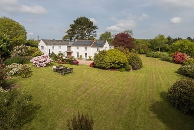 How Amazing Does Chygowlin House Look From The Sky This Beautiful Cornwall Cottage Welcomes Up To Six Guests And A Dog For Cornwall Cottages Cottage Cornwall