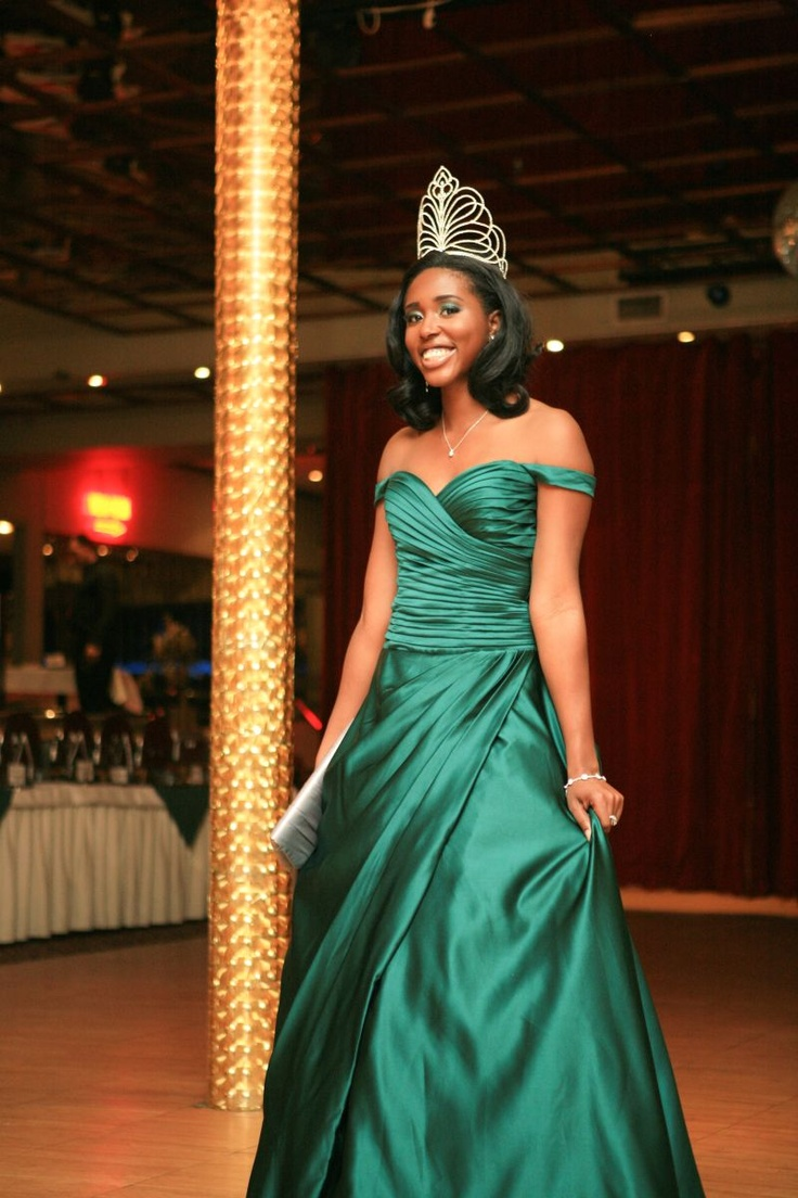 In a custom green dress at the Miss Nigerian Independence Scholarship Ball in 2010 - my signature initiative during my year!