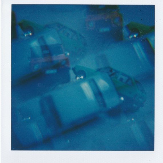 Digging old cars and memories #polaroids #boysobsessionsgift @digandgiftatelier https://horiabrebe.wordpress.com/2017/04/02/old-romanian-cars-in-time-and-some-space/