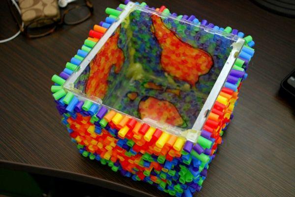plastik kunst quadratische schüssel strohhalme