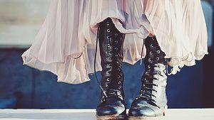http://lavellanpls.tumblr.com/post/140862437393/daoi-modern-aesthetics-leliana-i-love