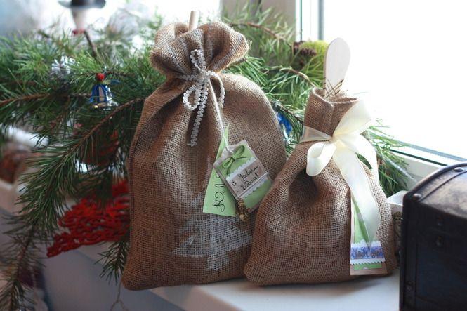 Christmas gifts, wraps