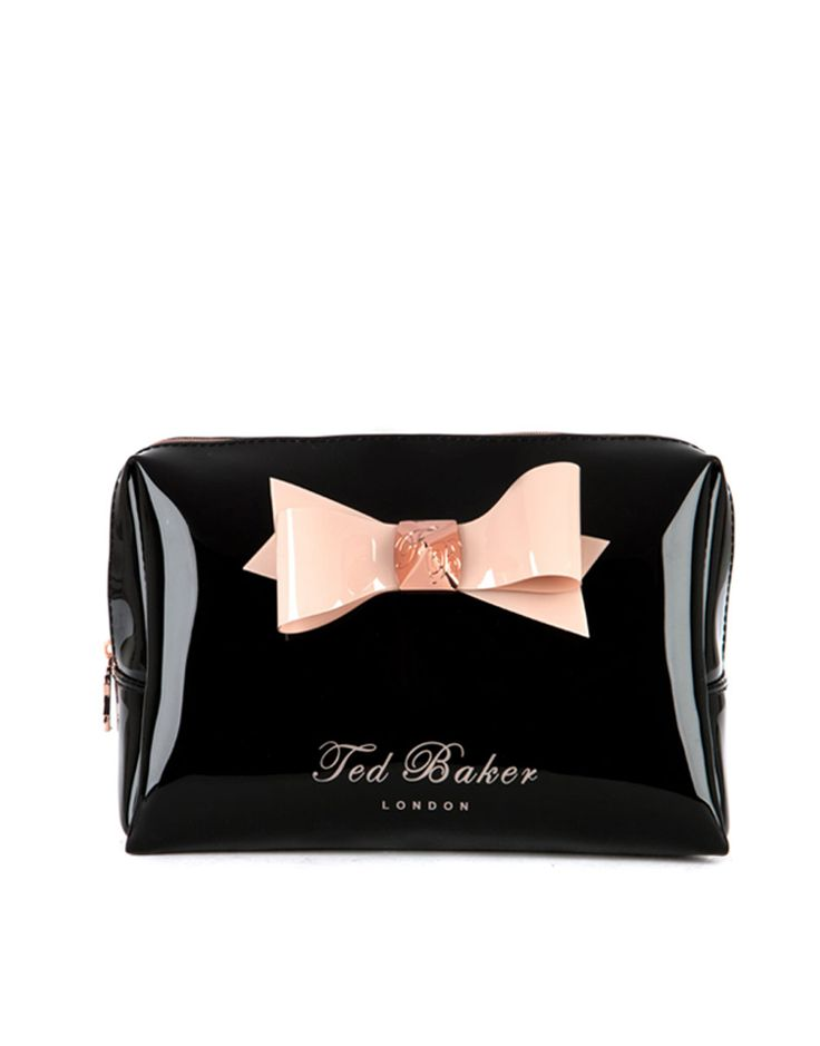 i cannot wait till i own this bow wash bag. #tedbaker #makeupbag