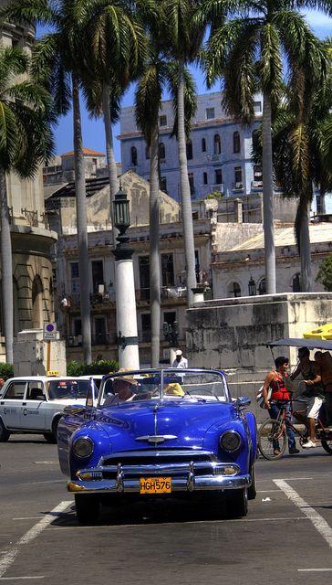 Vintage Car in Havana, Cuba. I love Havana http://Netssa.com/Havana.html