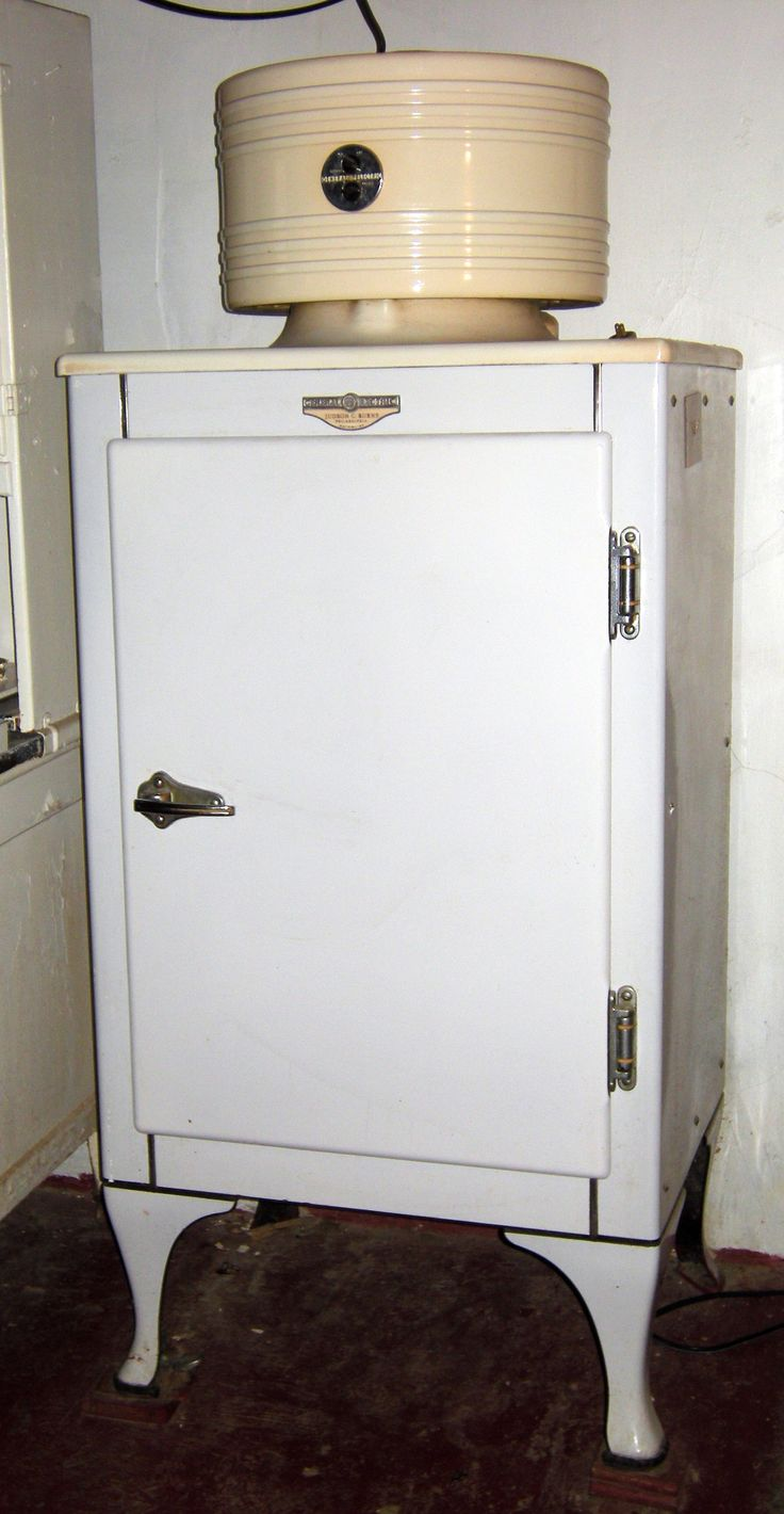 Antique vintage unfinished refrigerators - 208 Pictures Of Vintage Stoves Refrigerators And Large Appliances