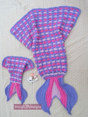 A new design for the mermaid tail!  I love the bottom fin I designed.  The mini one is sized for an American Girl Jr.