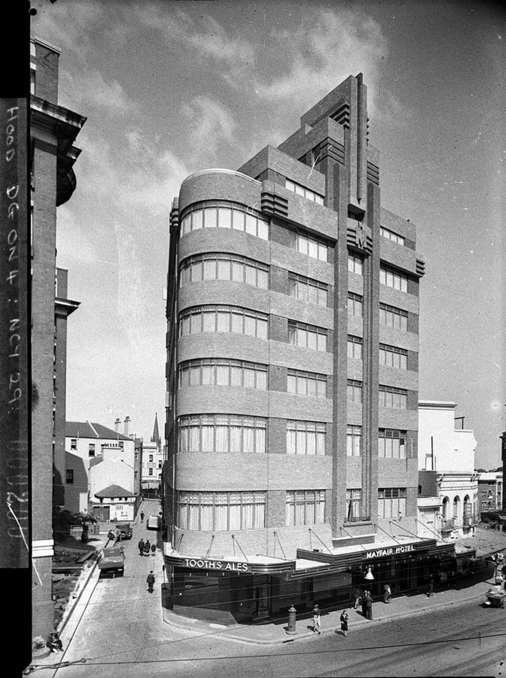 Photograph of the exterior of the Mayfair Hotel at King's Cross taken in September 1937. From the Mitchell Library, State Library of New South Wales : http://www.acmssearch.sl.nsw.gov.au/search/itemDetailPaged.cgi?itemID=11338